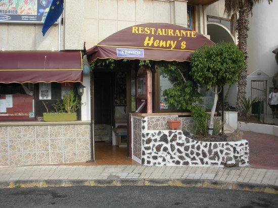 restaurante henrys: entrada pricipal