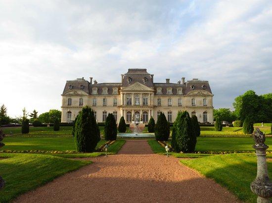 Fachada do Chateau d'Artigny