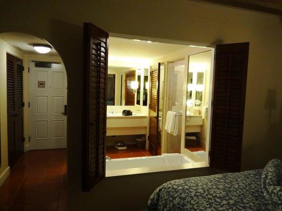 Bacara Resort & Spa : Bath 1