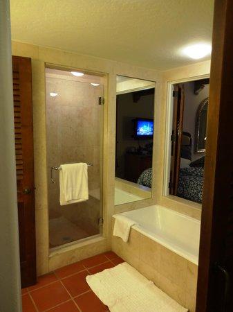 Bacara Resort & Spa : Bath 2