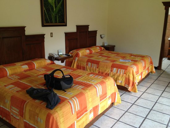 Arenal Manoa Hotel : Comfortable, clean, with great views, aaahhh