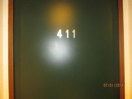Ibis Styles Paris Gare de l'Est Chateau Landon: La nostra stanza era la 411 :)