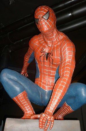 Moof Musée de la Bande dessinée et des Figurines : Человек-паук