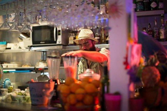 Agua Tiki Bar: 1