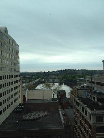 Hilton Harrisburg: Nice view of the river