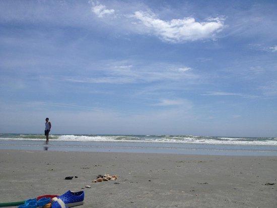 Wyndham SeaWatch Plantation: Clean Beach