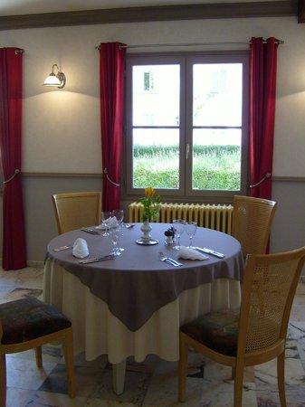 Hostellerie Le Clos du Cher : Restaurant Côté Jardin