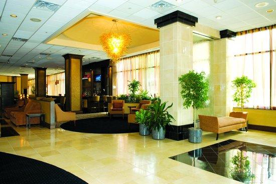 Poughkeepsie Grand Hotel: Hotel Lobby