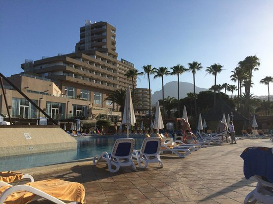 Iberostar Bouganville Playa: View from pool