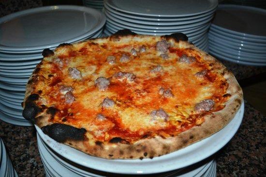 Pizzeria Fata Morgana: Pizza classica