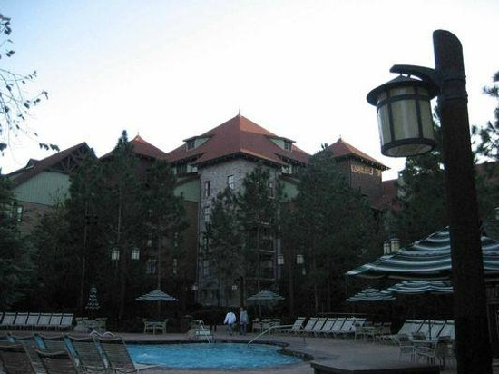 Disney's Wilderness Lodge: View of the members pool at the Wilderness lodge Villas