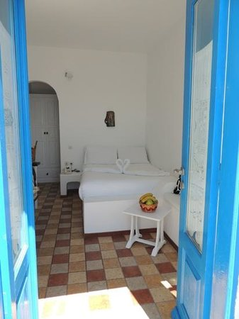 Artemis Villas: chambre120.
