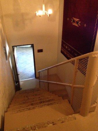 Quality Inn at Lake Powell: Hotel senza ascensore, questa era l'unica scala da utilizzare per portare le valigie dal piano t