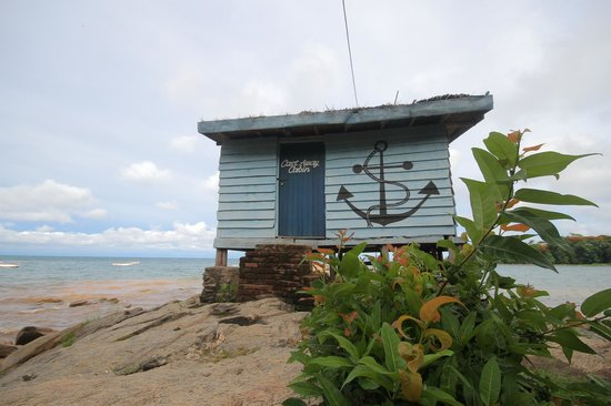 Big Blue Backpackers: cast away cabin