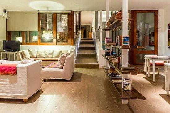 Hotel Noi Casa Atacama: Sala de leitura