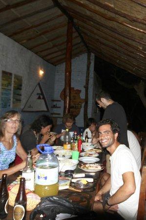 Big Blue Backpackers: dinner together