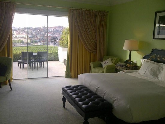 The Yeatman: Very spacious and comfortable room