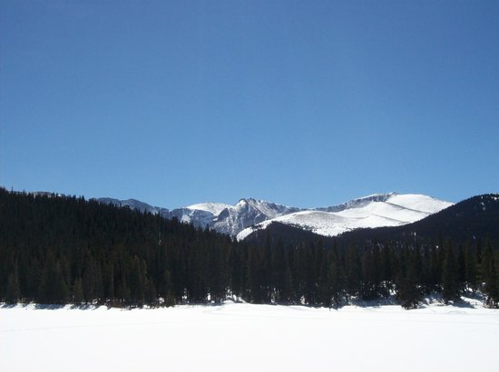 Mount Evans Scenic Byway: Lake Summit in March