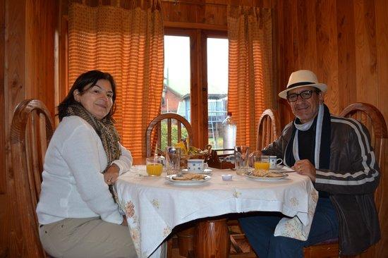Alto Villarrica S.A.: CAFÉ DA MANHÃ NA CABAÑA