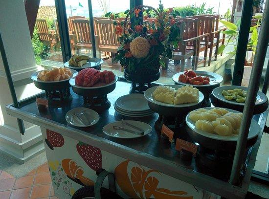 Samui Buri Beach Resort : Frühstück - frisches Obst