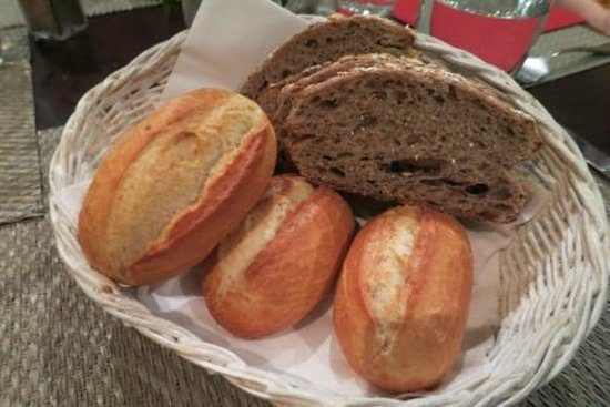 NH Nice: Soft and slightly crispy loaves warmed for us