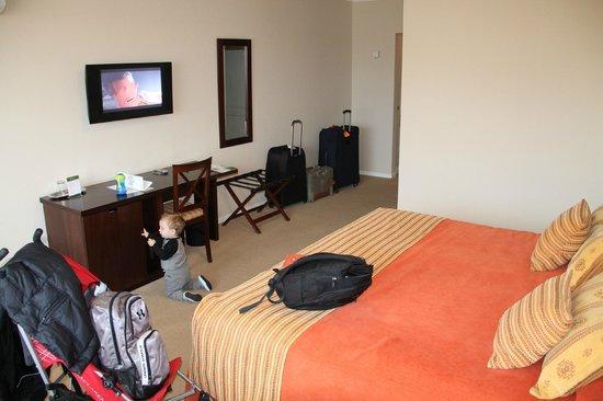 Xelena Hotel & Suites: Interior de la habitacion