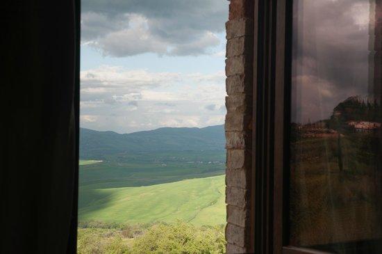 Agriturismo Podere Casella: Dalla finestra.