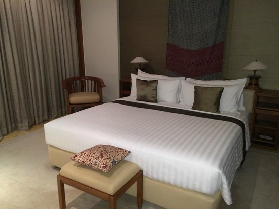 The Dharmawangsa Jakarta: room