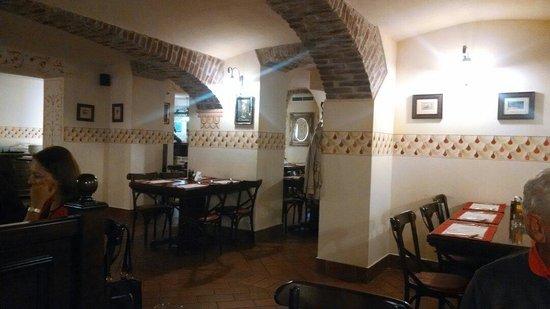 Casa Bunicii - Balcescu: Dining salon