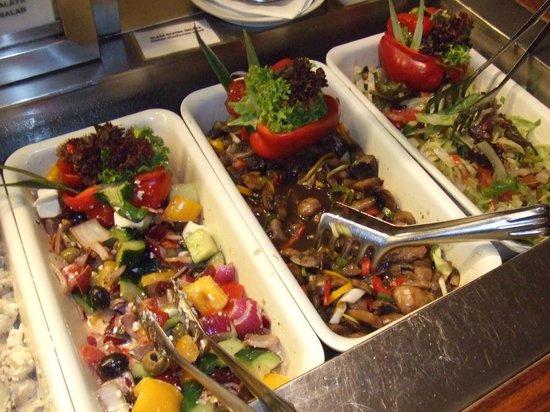 Trofea Grill Restaurant: Other salad