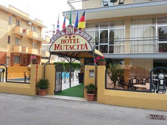 Hotel Mutacita: ingrsso