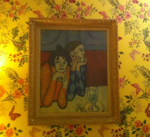 Hotel Bersoly's Saint Germain : Picasso room, with print by the artist. Wall covering is fabric, not paper.