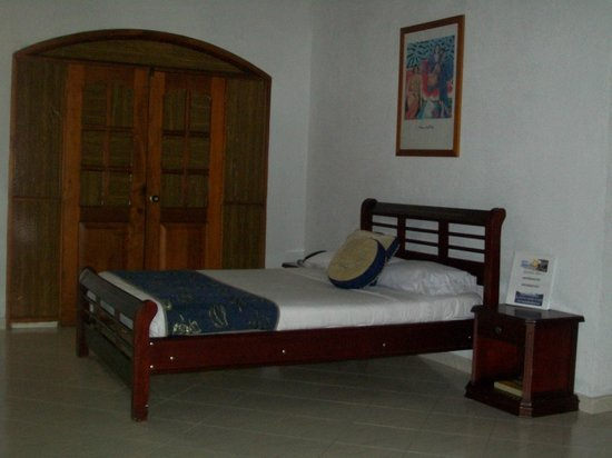Hotel Palma Blanca: HABITACION