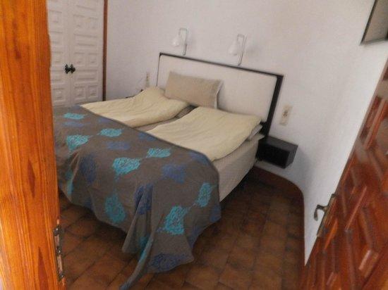 Apartamentos Don Pedro: The girls bedroom