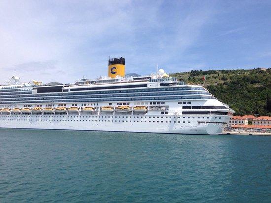 TUI SENSIMAR Kalamota Island Resort: Cruise ship docked in Dubrovnik