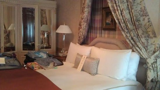 Hotel Elysee by Library Hotel Collection: Master Bedroom in V. Horowitz suite