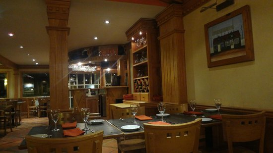 Hostal Del Bosque Apart Hotel : Restaurante