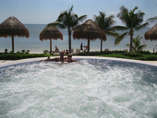 Secrets Silversands Riviera Cancun: jacuzzi