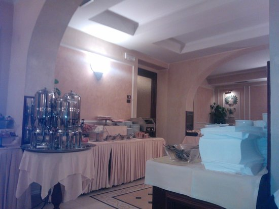 Hotel Corona D'Italia : Colazione
