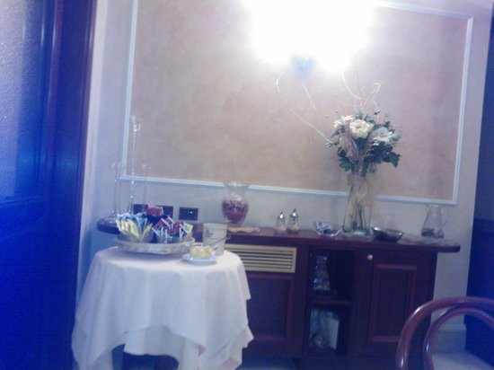 Hotel Corona D'Italia: Colazione