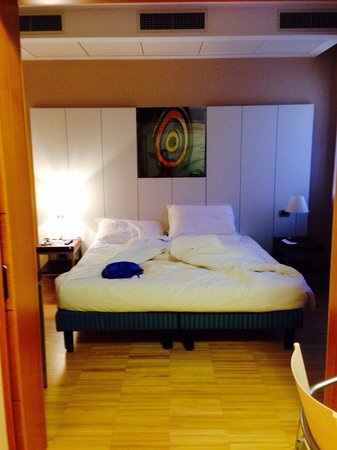 Best Western Plus Hotel Bologna: King size bed