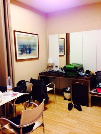 Best Western Plus Hotel Bologna: Living room