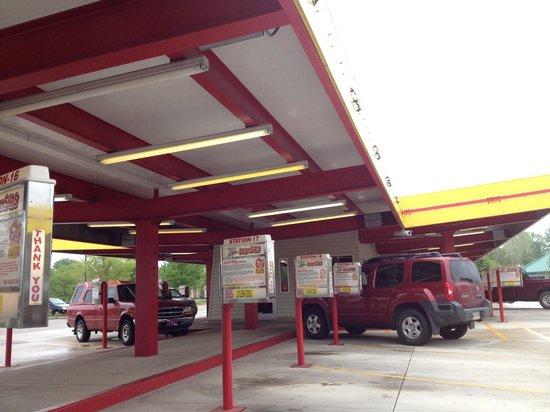 Dog N Suds West Lafayette Purdue : Drive In Area
