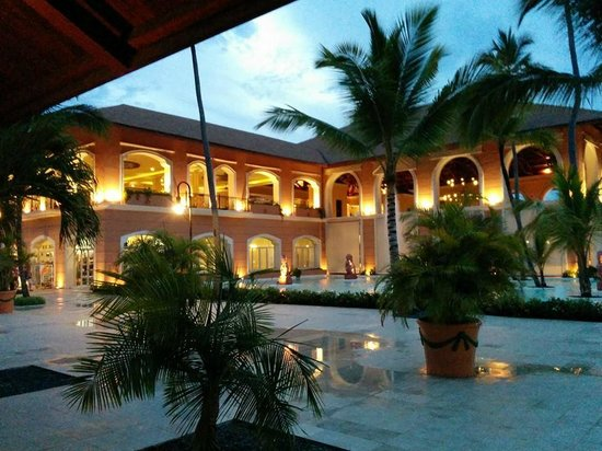 Majestic Colonial Punta Cana: Resort Grounds