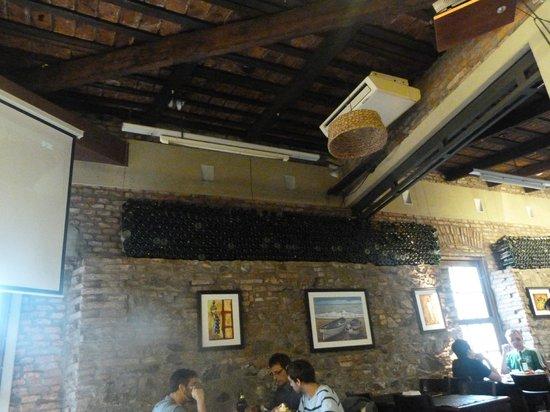 Candombe Resto Bar: Agradable ambiente