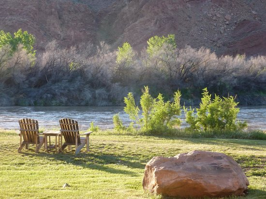 Sorrel River Ranch Resort and Spa : River view
