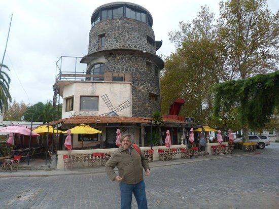 El Torreon: Excelente edificación