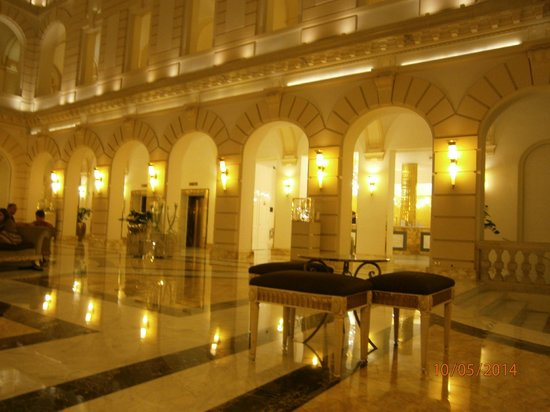New York Palace : hall
