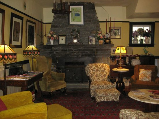 The Inn at Starlight Lake: The Sitting Area in the Lobby