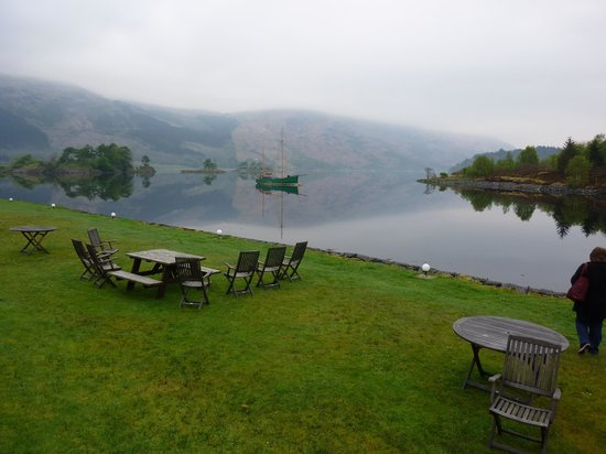 Isles of Glencoe Hotel & Leisure Centre: Mirror lake